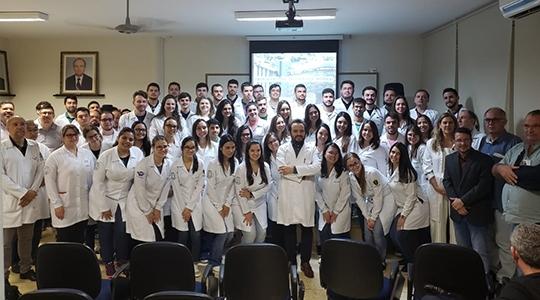 A Turma 1 de Medicina da UniFAI iniciou nesta segunda-feira, 6, o Internato na Santa Casa de Araçatuba (Foto: Acervo Pessoal).