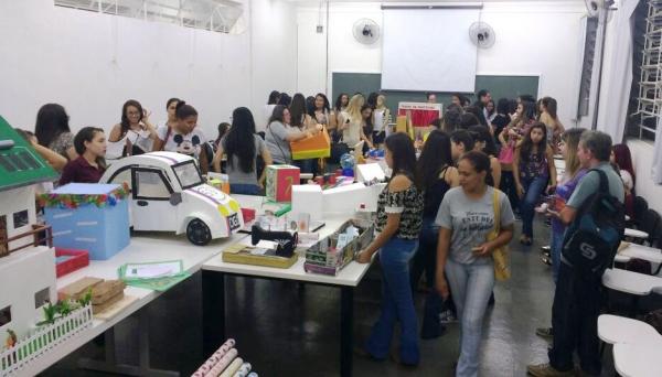 Os materiais da Mostra serão doados para as APAE das cidades de Lucélia e Adamantina, bem como para as salas de recursos do município de Adamantina (Foto: Luan Trindade).