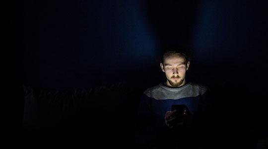 Levantamento avaliou 2,8 mil usuários da rede social e convidou-os a interromper o uso durante um mês (Imagens: Piaxabay).