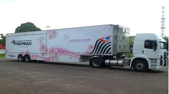 Adamantina recebe carreta para realização de exames de mamografias - Siga Mais