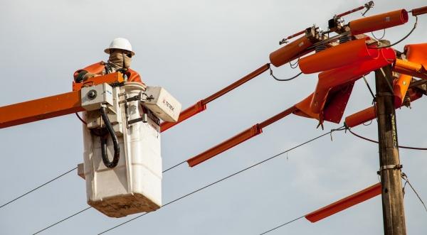 Energisa Sul-Sudeste faz investimentos na estrutura de distribuição de energia elétrica em Adamantina (Da Assessoria).