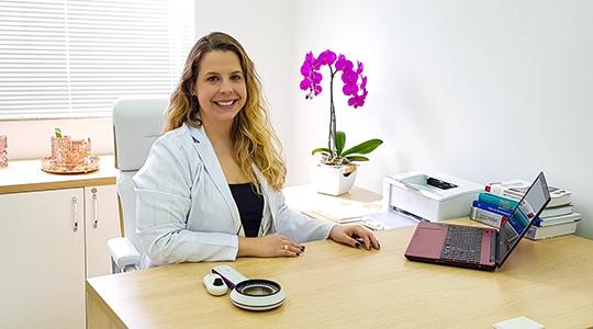 Dra. Maria Gabriela Tiveron Frizão, dermatologista clínica e estética, atende em Adamantina na Avenida Rio Branco, 193, Clínica Vitalize (Divulgação).