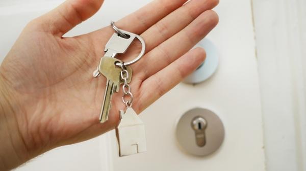 Profissionais de segurança terão subvenção financeira concedida pelo governo federal e condições diferenciadas de crédito imobiliário para aquisição da casa própria (Foto: Maria Ziegler/Unsplash).