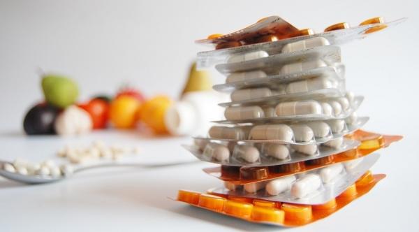 De acordo com o parecer dos ministros do STF, decisões judiciais só podem obrigar o governo a dar remédios fora da lista do SUS em casos excepcionais (Foto: Pixabay).