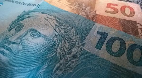 Para aqueles que recebem um salário mínimo, o depósito da antecipação será feito entre os dias 25 de maio e 5 de junho (Pixabay).