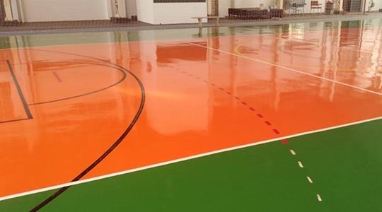 O campo de Futebol Society recebeu melhorias no gramado. Já as quadras poliesportivas receberam pintura nova no piso, além da troca das redes, tabelas e aros utilizados para o basquete (Da Assessoria).