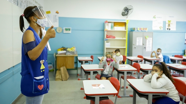 Aulas presenciais na rede municipal de ensino de Adamantina serão retomadas dia 17 de maio, em formato híbrido (Foto: Ilustração/Seduc SP).