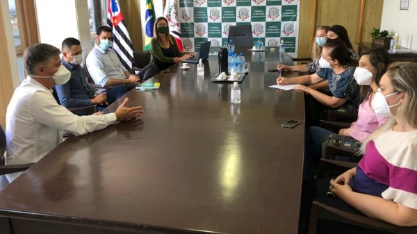 Integralização e regionalização da saúde é pauta de encontro com a cidade de Osvaldo Cruz (Da Assessoria).