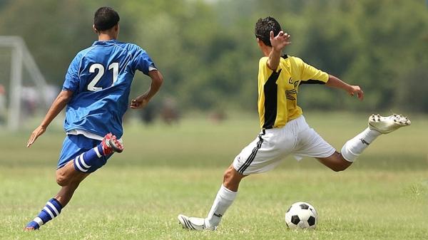 A bola via rolar em diversas atividades esportivas ligadas ao futebol, neste fim de semana, em Adamantina (Foto: Pixabay).