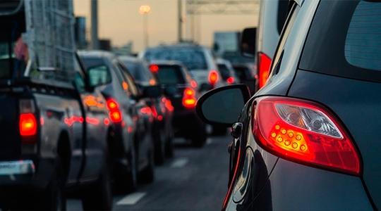 Licenciamento de veículos tem calendário especial de acordo com o final da placa dos veículos, mas pode ser antecipado no Estado de São Paulo (Ilustração).