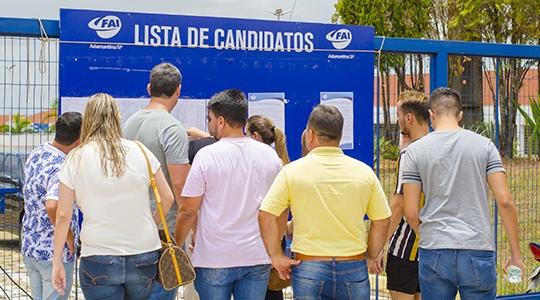 Provas do vestibular de medicina foram aplicadas no dia 30 de novembro (Foto: Celso Sato).