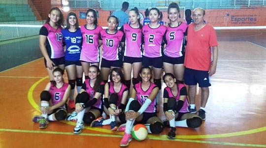 Equipes de voleibol da SELAR vencem times de Junqueirópolis pela LIVEA (Da Assessoria).