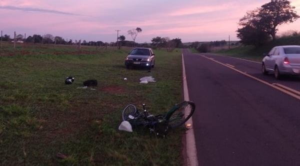 Acidente envolveu bicicleta elétrica e carro. Ciclista morreu após ser socorrido (Cedida/PM Rodoviária).