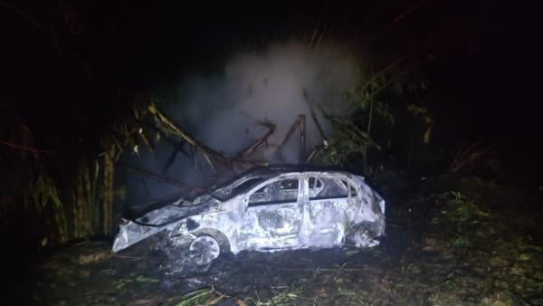Condutor morreu carbonizado no acidente (Cedida/PM Rodoviária.